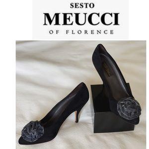 Sesto Meucci Suede Pump with Silver Rosset Blk 10